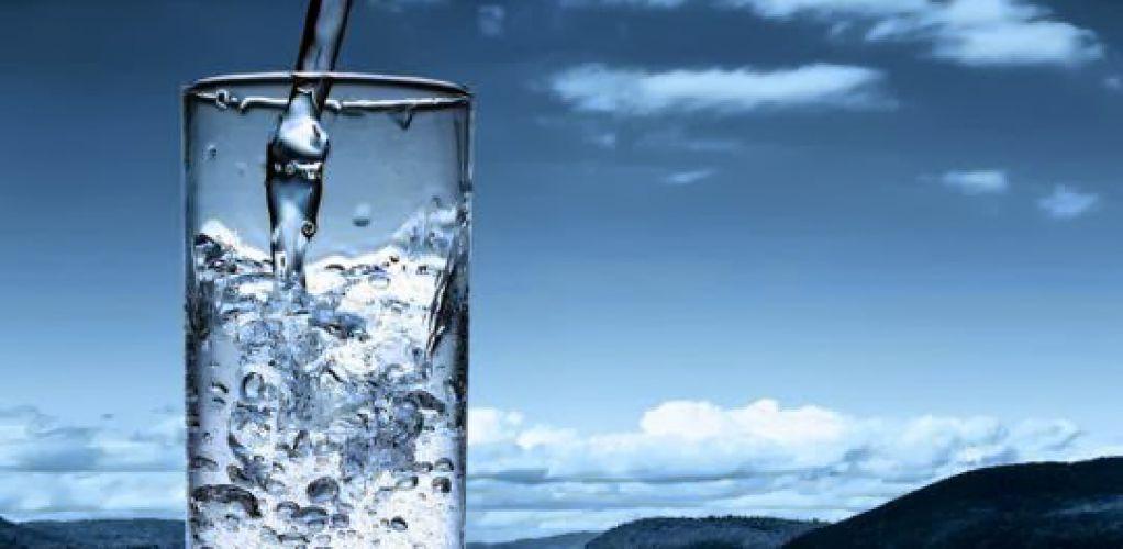 Cara Merawat Kulit Tubuh dengan Air Putih